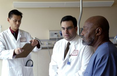 Doctor_consults_with_patient